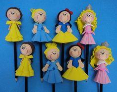 Ponteira para lápis das princesas feita em eva.