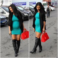 ♥ I'd do without the bag but love the colored bodycon dress with blazer and knee high boots Fall Maternity, Stylish Maternity, Maternity Fashion, Maternity Styles, Pregnancy Looks, Pregnancy Outfits, Pregnancy Wear, Pregnancy Style, Baby Bump Style