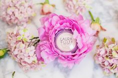 Currently Loving these Beauty Products - Olivia Jeanette Flower Bouquet Peonies Gorgeous Flowers Beauty Review Highlighter
