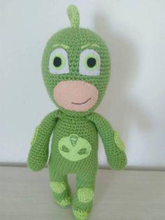 Guarda questo articolo nel mio negozio Etsy https://www.etsy.com/it/listing/555797541/bambola-crochet-ok-masks-gecko-boy-verde