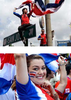 Ticos celebrando histórico gane y clasificación a segunda ronda. Copa Mundial 2014
