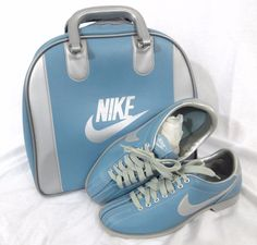 Nike Women's Bowling Shoes 10 Vintage 1980's Blue Metallic Swoosh Ball Bag Set #NIKE