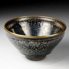 油滴天目茶碗(大阪市立東洋陶磁美術館所蔵)