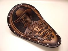 LEATHERSMITH - Xian Leather hand carved and hand crafted leather goods