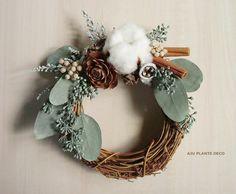 Christmas Mesh Wreaths, Deco Mesh Wreaths, Christmas Diy, Yarn Wreaths, Winter Wreaths, Spring Wreaths, Summer Wreath, Dried Flower Wreaths, Dried Flowers