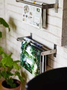 Met het GRUNDTAL rekje hang je je tijdschriften ter inspiratie aan de muur. #IKEA