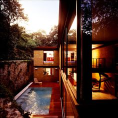 Modern Architecture Defined By Nature in Morelos, Mexico