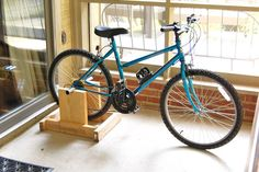 Tidy Brown Wren, bringing order to your nest: How To Make Your Own Exercise Bike For Next To Nothing Home Gym Equipment, No Equipment Workout, Diy Stationary Bike, Diy Bike Rack, Bicycle Rack, Bike Hanger, Bicycle Decor, Home Treadmill, Bike Trainer