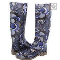 Emilio Pucci rain snow boots paisley print Emilio Pucci rain boots excellent condition. Marked as size 38. Emilio Pucci Shoes Winter & Rain Boots