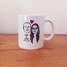 Custom Portrait Mug @lilimandrill www.lilimandrill.fr #etsy #coupleportrait #EtsyGifts #bachelorette #etsywedding #wedding #custommug #valentinesday #valentine #giftforcouple #gift #weddinggift #DifferenceMakesUs #mondaymorning #engagement #mug #coffeemug