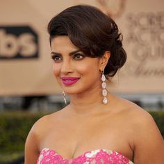 Priyanka Chopra cast as villain in 'Baywatch' #melbourne