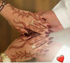 ✨Pinterest: Kubra Yousuf✨ Pretty Henna Designs, Modern Henna Designs, Finger Henna Designs, Arabic Henna Designs, Henna Tattoo Designs Simple, Stylish Mehndi Designs, Beautiful Mehndi Design, Mehndi Art Designs, Bridal Mehndi Designs