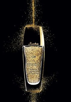 This Guerlain l'or radiance actually contains gold - rich at last! Or at least my skin is!
