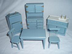 1930's dollhouse kitchen furniture