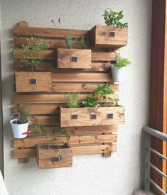 30 Reclaimed Pallet shelf and Furniture Projects Pallet planter The post 30 Reclaimed Pallet shelf and Furniture Projects appeared first on Pallet Diy.