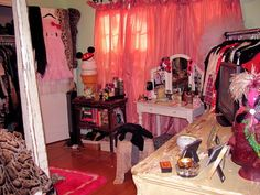 Hanna Beth room