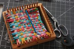 CraftSanity on TV: Making Potholder Loopers Out of Recycled T . Potholder Loom, Potholder Patterns, Recycled T Shirts, Recycled Fabric, Weaving Projects, Crafty Projects, Christmas Makes, Weaving Techniques, Loom Knitting