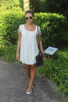 Nanda Pezzi - Vestido com Tênis