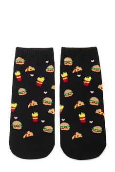 A pair of fast food-inspired knit ankle socks with an allover pattern of pizza slices, hamburgers, french fries, and hearts.
