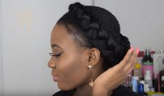 Halo Braid Tutorial / Crown Braid using Braiding Hair shows you how to create an easy protective style perfect for short & long natural hair. Braided Bun Hairstyles, Elegant Hairstyles, Cool Hairstyles, Hairdos, Updos, Wedding Hairstyles, Halo Braid Tutorials, Braid Crown Tutorial, Long Natural Hair