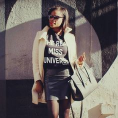 Bout to call the paparazzi on myself kinda vibe. #doit #queen #MissUniverse #joy #dopechicks #inspirationalquotes #streetstyle #NYC #WCW #wordsofBeauty #JayZ #bossbabes #womensfashion #inspirationalapparel by speakwordsofbeauty