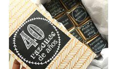 Regalo caja de galletas con 40 mensajitos para el 40 years
