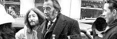 El gran pintor Salvador Dalí, tuvo una increíble vida llena de lujos y fama, y aquí encuentras varias fotos nunca antes vistas que te interesarán. ¡Se codeaba con grandes artistas de la música, el diseño, el arte y la moda!
