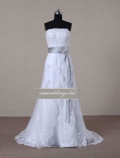 Menyasszonyi ruha A vonalú ujjatlan-AVU-3709 1 Women's Fashion, Formal Dresses, Dresses For Formal, Fashion Women, Formal Gowns, Womens Fashion, Formal Dress, Woman Fashion