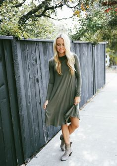 You all loved our Everyday Tee Dress so much! We brought it back and in long sleeves! Perfect for the cooler months ahead.