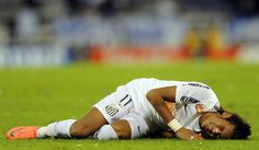 Neymar loses and cries...