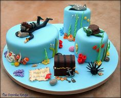"""Scuba Diving Under The Ocean - Board is 18 inches across to give you an idea of the scale of the cakes. Original idea came from an image I saw on the internet from """"Charmaine"""""""