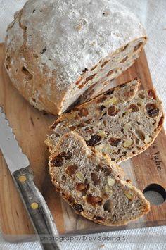 Due bionde in cucina: Pane alla frutta secca Rustic Bread, Fruit Bread, Pan Dulce, Pan Bread, Original Recipe, Snacks, Food Inspiration, Italian Recipes, Love Food