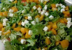 Oppilaiden lounas salaatti