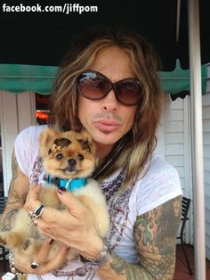 Steven Tyler and his adorable Pom