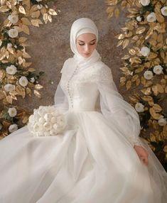 Muslim Wedding Gown, Hijabi Wedding, Wedding Hijab Styles, Muslimah Wedding Dress, Fancy Wedding Dresses, Muslim Wedding Dresses, Princess Wedding Dresses, Wedding Gowns, Bridal Hijab