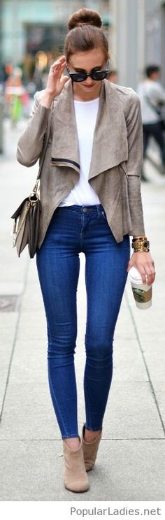 grey-boots-and-jacket-with-blue-jeans