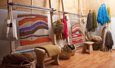 KaMa+Taller+EntreTelares+y+Lanas+. Tapestry Weaving, Loom Weaving, Textile Design, Textile Art, Carpet Bag, Woven Wall Hanging, Sheep Wool, Weaving Techniques, Textiles