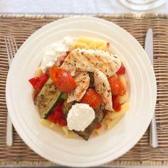pasta gegrilde groenten en kipfilet
