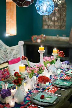Mexican-themed table - Styling: Signature Event Consulting & Design Photographer: Ana & Jerome Venue: Villa Valentina Flowers: Natural Pina Furniture: Optimista by Villa Valentina Chargers: Del Cabo