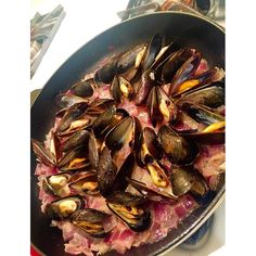 Flashback Friday to the Awesome Mussels Simmered in a Butter Wine and Onion Sauce #mussels #simmered #whitewine #butter #sauce #homemade #homecooking #organic #food #farmtofork #cooking #cook #paella #seafood #glutenfree #lowcarb #dinner #foodie #foodpic #foodgasm #foodporn #foods #foodstagram #foodislife #healthyfood #healthy #sacramento #foodisforever by hamsjam