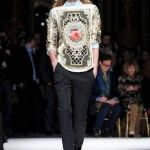 i am so in love with these really ornate pieces at Balmain, they remind me of some of Givenchy last year. so pretty.