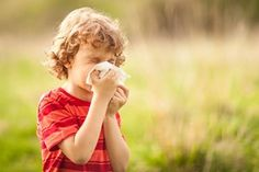 Asthma triggers are everywhere. If you suffer from asthma, you need to know what can cause an attack. A Banner Health expert discusses common triggers. Kids Allergies, Seasonal Allergies, Acupuncture, Allergie Pollen, Allergic Rhinitis, Asthma Symptoms, Itchy Eyes, Runny Nose, Extreme Weather