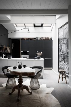 blank/white kitchen