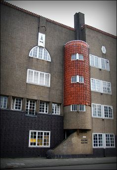 Amsterdamse School.