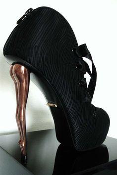Dukas shoes
