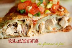 Clatite cu spanac si pui / Spinach pancakes stuffed with chicken, topped with the lightest salsa
