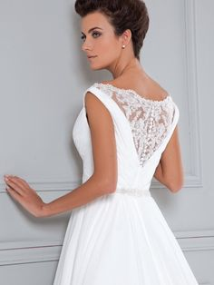 The FashionBrides is the largest online directory dedicated to bridal designers and wedding gowns. Find the gown you always dreamed for a fairy tale wedding. Rental Wedding Dresses, Wedding Dresses 2014, Wedding Gowns, Formal Dresses, Bridal Collection, Beautiful Bride, Wedding Styles, Bridal Gowns, 2015 Wedding Dresses