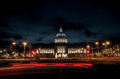 San Francisco City Hall is the seat of government for the City and County of San Francisco, California. Re-opened in 1915 in its open space area in the city's Civic Center, it is a Beaux-Arts monument to the City Beautiful movement that epitomized the high-minded American Renaissance of the 1880s to 1917. The structure's dome is taller than that of the United States Capitol by 42 feet.[6] The present building replaced an earlier City Hall that was destroyed during the 1906 earthquake, which…