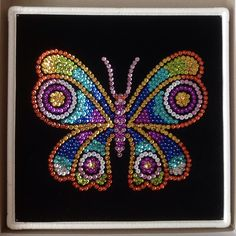 Sequin Art butterfly - could use Mardi Gras beads Dot Art Painting, Mandala Painting, Button Art, Button Crafts, Mosaic Patterns, Beading Patterns, Cristal Art, Seed Bead Art, Sequin Crafts