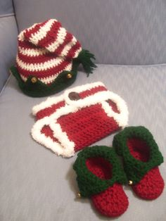 Crochet Christmas Oufit Perfect for Newborn sitting or Baby's first Christmas. Available in a variety of sizes. Pre-order. www.facebook.com/pages/Amandas-Crochet-Gifts-From-the-Heart/447950321940473